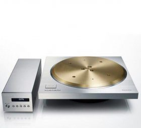 Technics' latest high-end turntable